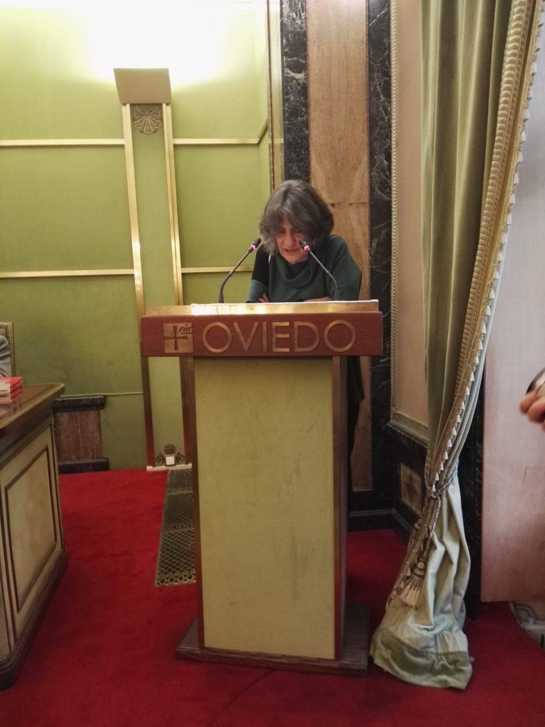 Pilar Cartón interviene en el Pleno del Ayuntamiento de Oviedo