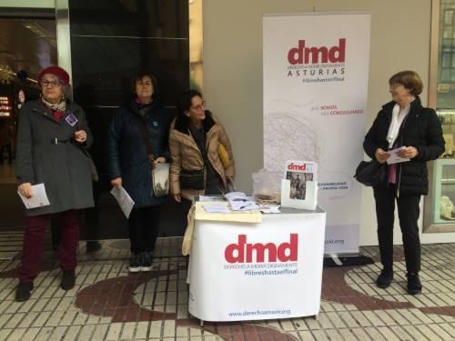 mesa informativa Oviedo