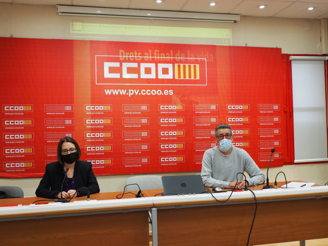 Ana Belén Montero (CCOO PV) y Javier Velasco presentan la guía